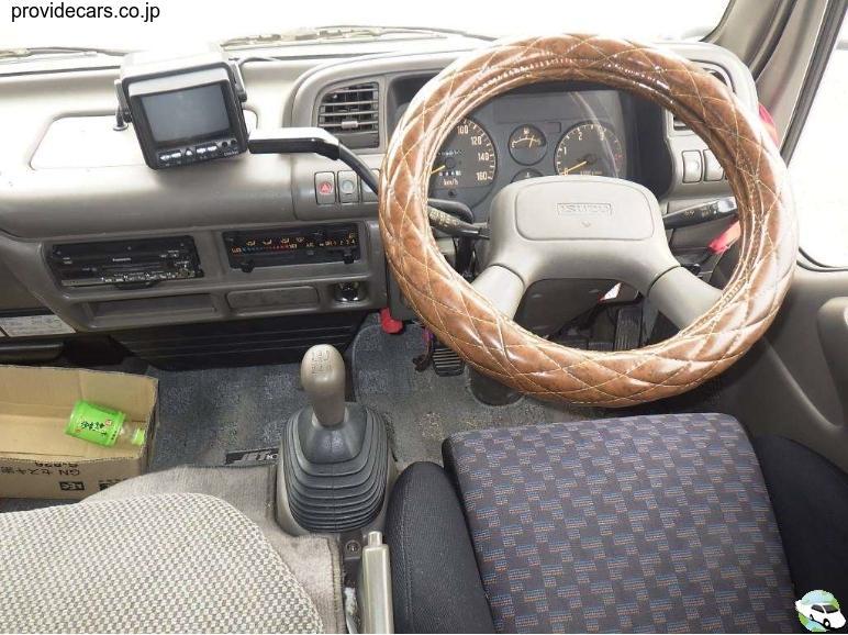 1996 NHS69EAV Isuzu Elf Campervan 3100cc diesel 105,000kms 5spd manual Thurs 15.07.2021 pic07